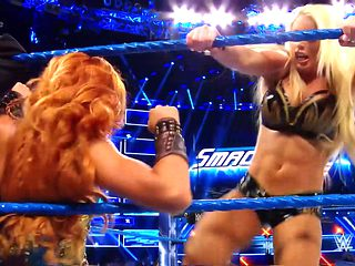 Becky Lynch vs. Mandy Rose