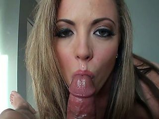 This beautiful cougar knows how to bring a man to full growth. With veins straining from an engor...