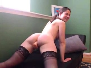 Gorgeous solo beauty in stockings shows her massive ass