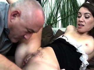 Brunette amateur sex and cum in mouth