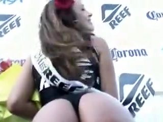 Miss reef has her big booty recorded from behind