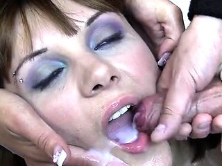 Hot pornstar bukkake with cumshot