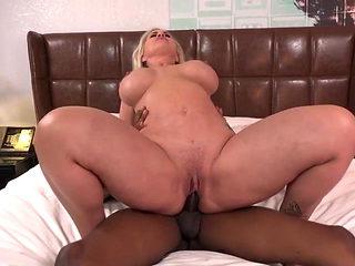 Big Ass MILF fucks BBC