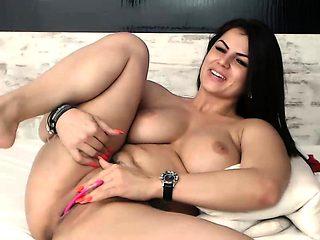 Huge natural boobs on webcam