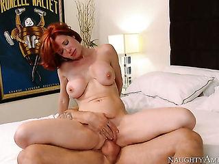Alan Stafford gets pleasure from fucking incredibly hot Veronica Avluvs muff pie