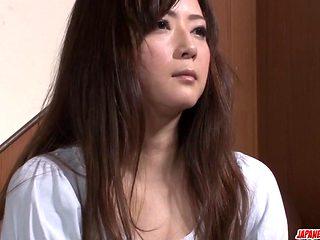 Japanese porn with an old boy for Mizuki Ogawa