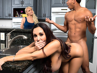 Ava Addams & Ricky Johnson in One Strict Mama - BrazzersNetwork