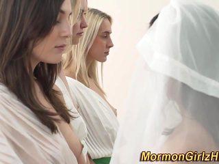 Lesbo mormons eat cum-hole