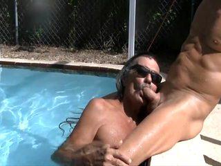 Jamie sucks jenny in the pool 1