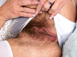 Furry pussy on a needy mature lady