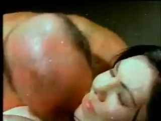 SLAVE WIFE ORGASM SQUIRTING