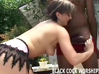 I love fucking big cocked black dudes