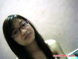 Student sweethearts from China leaked sextape