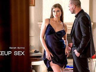 Sarah Sultry & Stirling Cooper in Make-up Sex - ElegantAnal