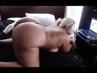 Big Boobs Tattooed MILF Nice Ass Masturbating