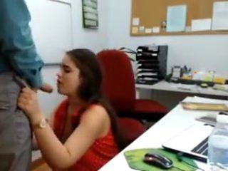 Real blowjob at work almost caught kurva pusi na poslu