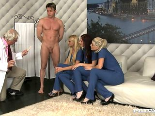 3 Curious Nurses