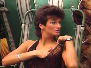 MILF Sharon Mitchell Rubs Her Hot Pussy