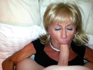 Pauline Loves to Suck Cock