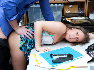Petite shoplifter Brooke Bliss gets what she wants