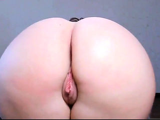 Beautiful Girl With Perfect Ass and Pussy
