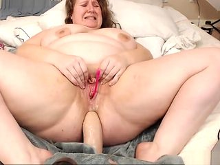 Hottest Bbw Squirting Her Vagina