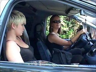 Claudia & Heidi