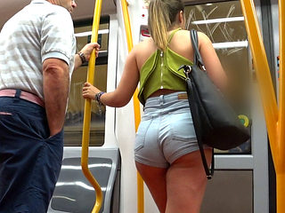 Sexy Amateur Ass In The Subway